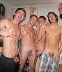 It's nice to show yourself naked ( Straight Boys)