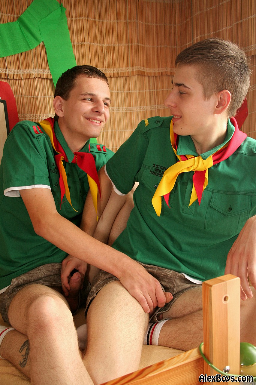 Boy nude free gay twink he039s helping out
