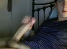 cock around to show her off
