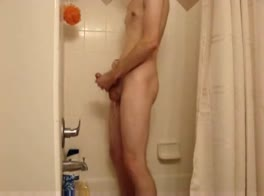 twink shower and wanking