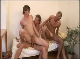 BLOND BAREBACK FOURSOME