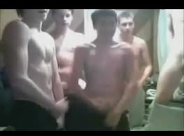 School boys wank- FULL VID @ LOCALAMATEURSEXTUBE dot COM
