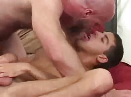 guy fucks a twink