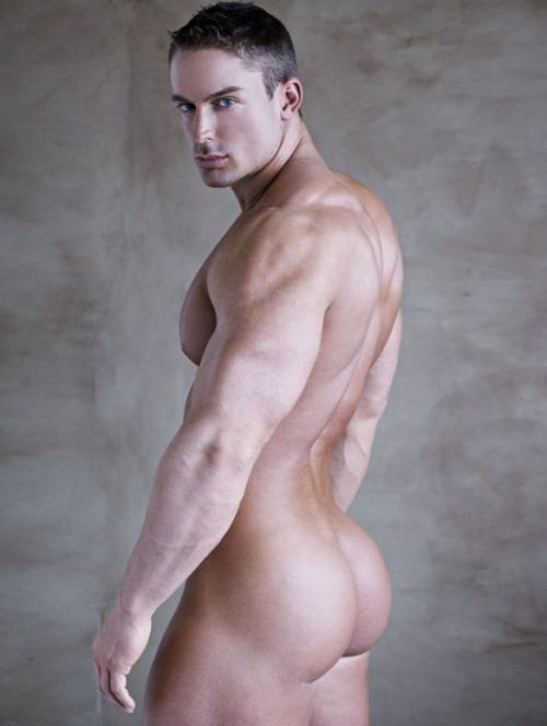 chunky-hunks-nude
