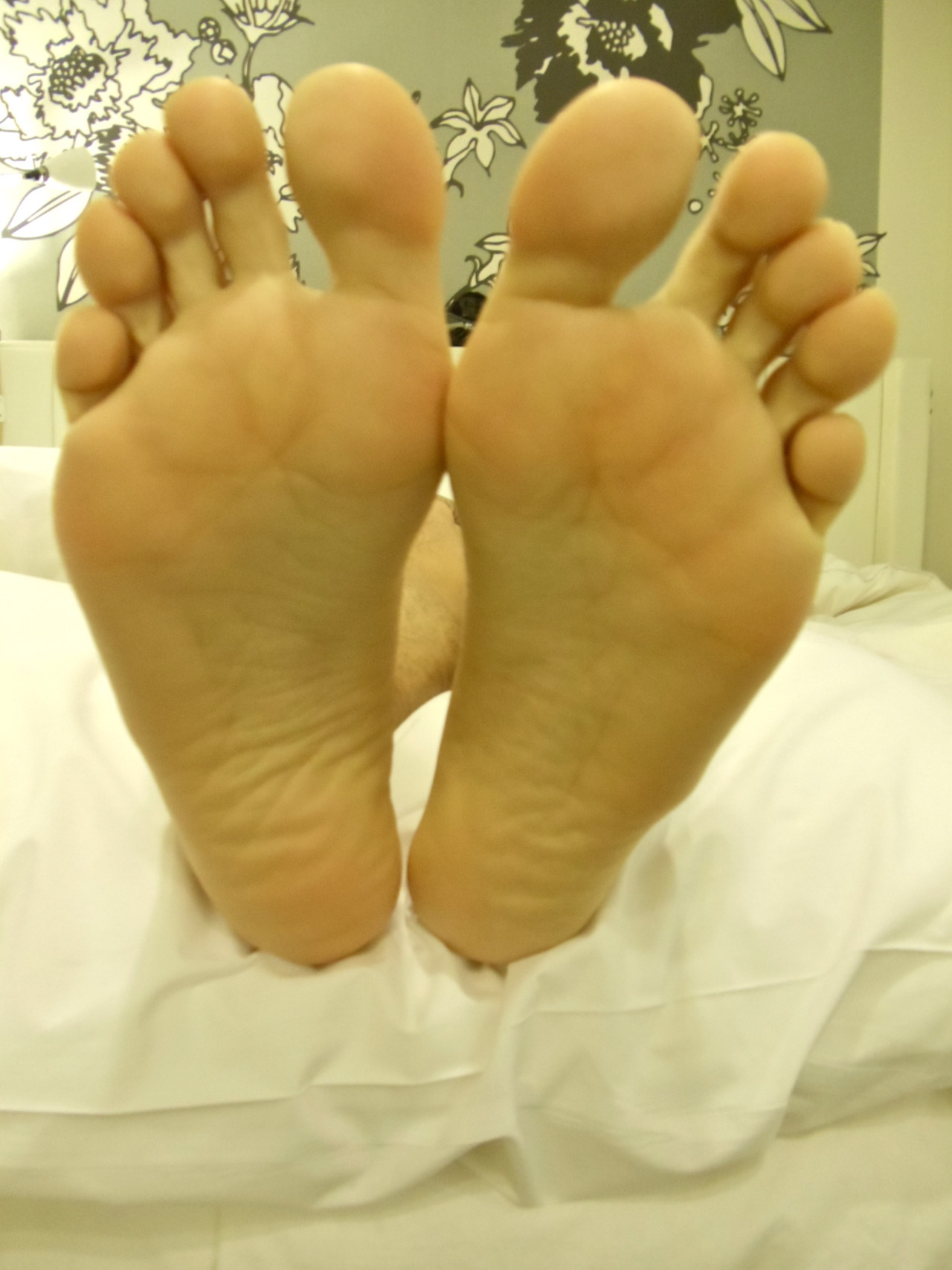 Boys's feet #37