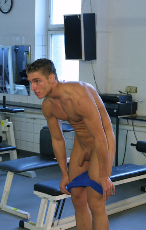 gay lads Thumblogger sports