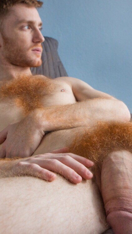 nude-red-haired-man