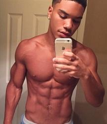 selfies no nude