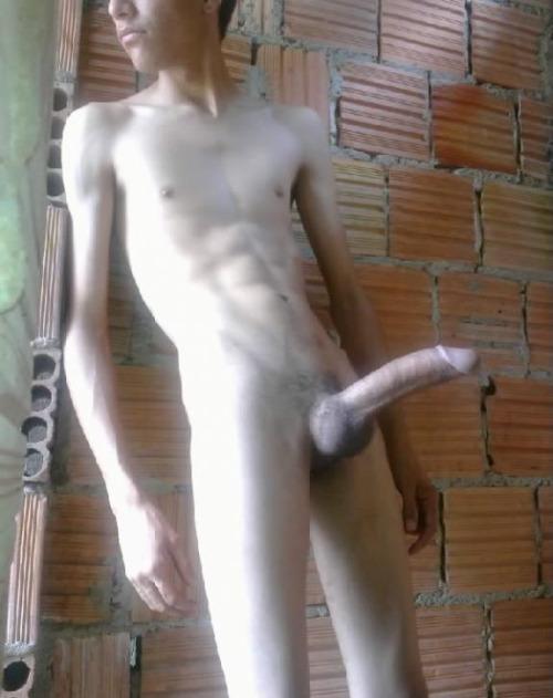 gay gros gland sexe naturiste