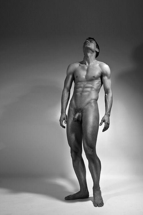 Мужские голые фигуры — pic 7