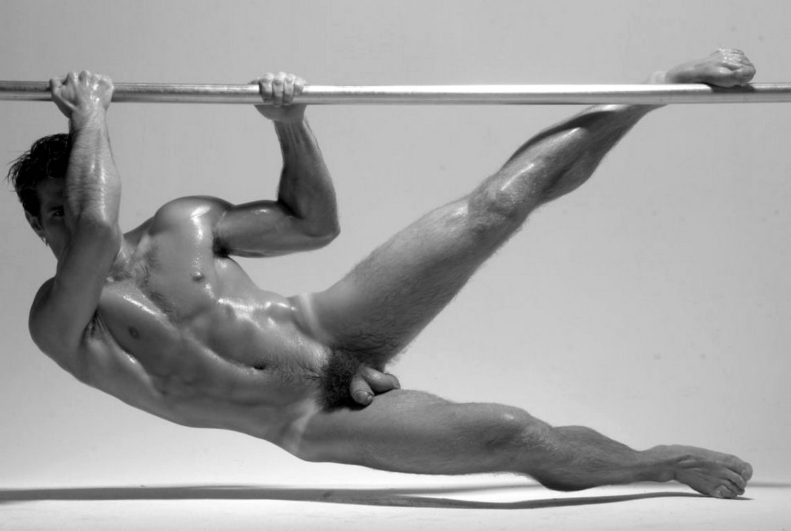 Nude male bodybuilders archives