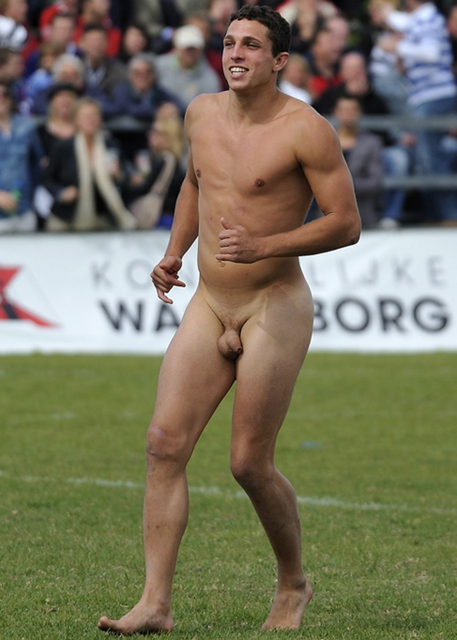 naked-sportsmen-pictures