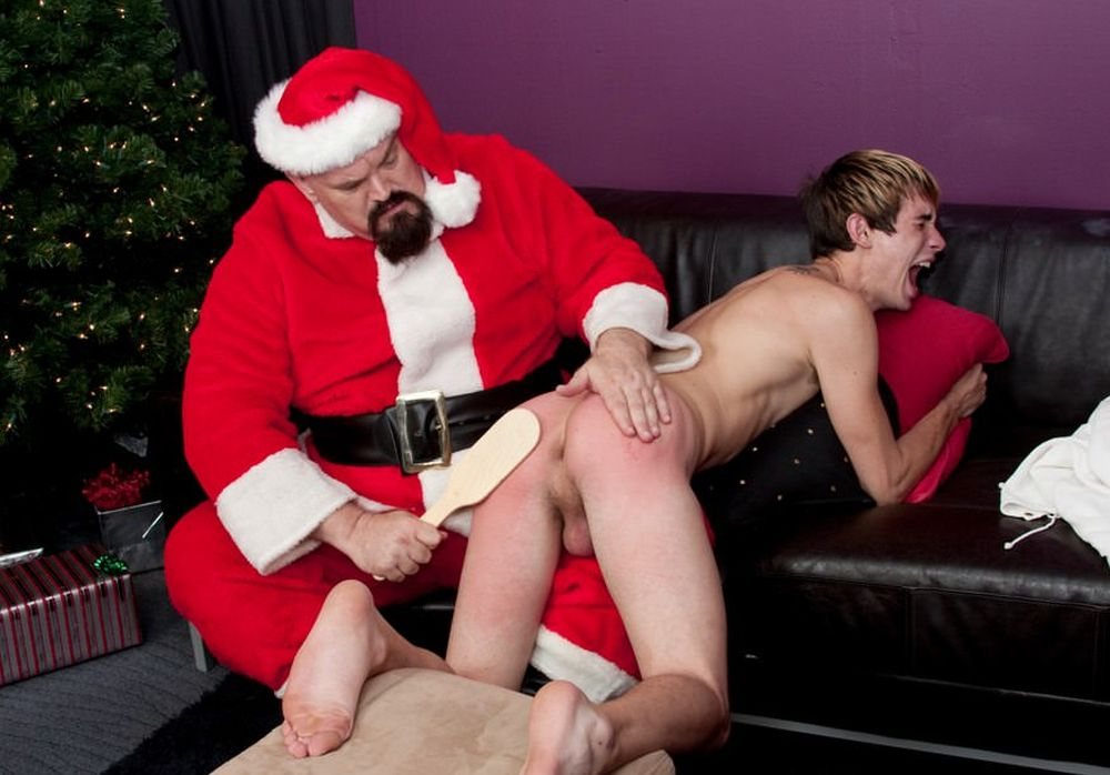 Gay fetish xxx santa claus gay bodybuilder porn gay santa pics
