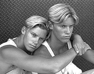 Brewer twins