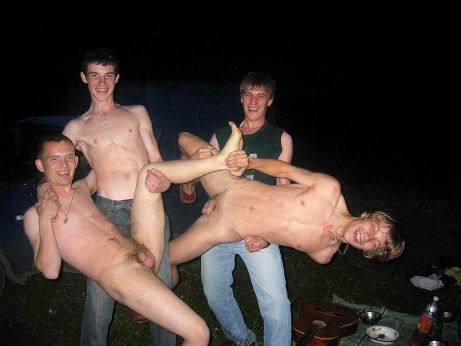Naked str8 friends 30