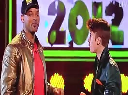 Justin Bieber Gets Slimed