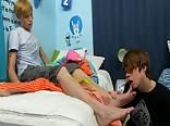 AA Vid - Gay porn Cuties play with feet and fuck tube